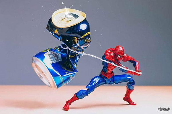 《用玩具模具构造出令人惊叹的摄影作品》