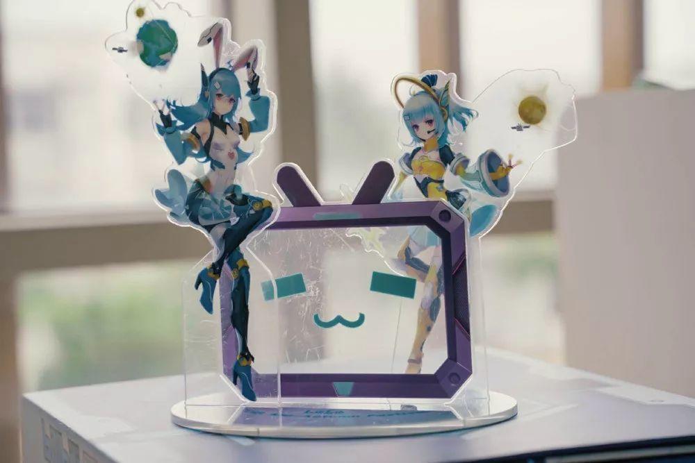 哔哩哔哩月饼盒设计